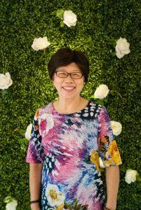 Cô Lê Thị Việt (25/2/1951). Cô là giảng viên chính, công tác tại khoa từ năm 1984 đến năm 2006.